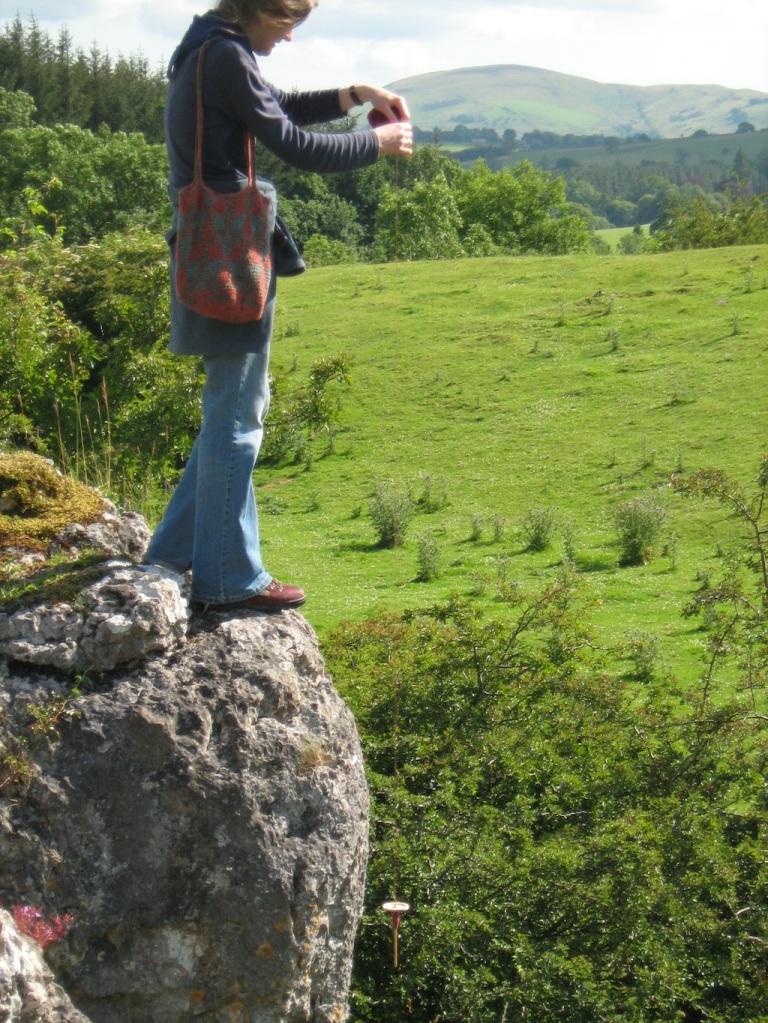 01-5 Spindling on crags