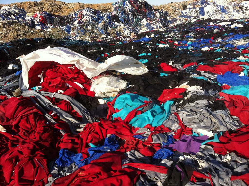 textile-landfill-Syria