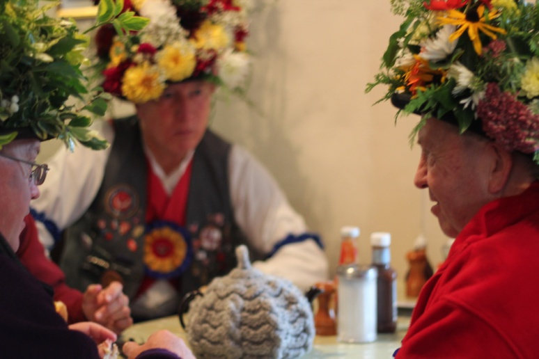 Morris_Dancers_TeaRooms