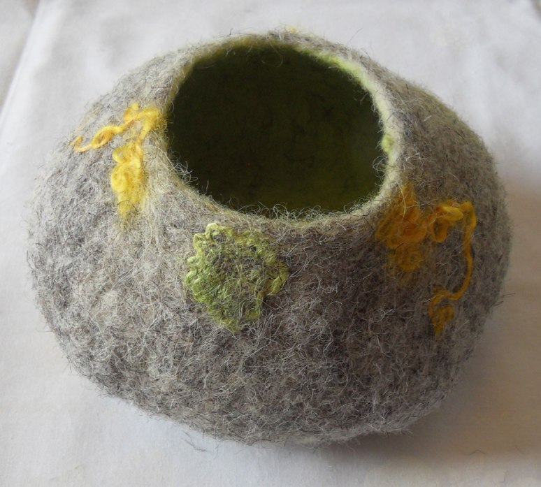 SDC10778_PHall_felt-bowl